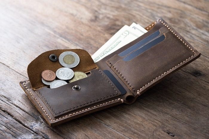 Finest Suggestions For Leather Accessories Brands